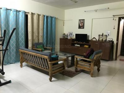 Gallery Cover Image of 1650 Sq.ft 3 BHK Apartment for rent in Hadapsar for 22000