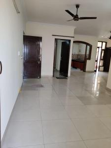 Gallery Cover Image of 1950 Sq.ft 4 BHK Apartment for rent in Sector 18 Dwarka for 35000