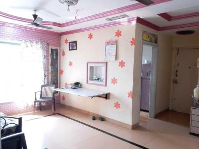 Gallery Cover Image of 570 Sq.ft 1 BHK Apartment for buy in Thane West for 9500000
