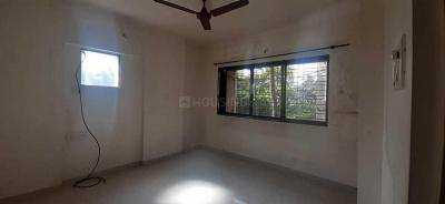 Gallery Cover Image of 680 Sq.ft 1 BHK Apartment for rent in Kandivali East for 23000