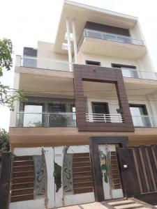 Gallery Cover Image of 3100 Sq.ft 5 BHK Independent House for buy in Omega II Greater Noida for 11000000