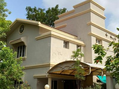 Gallery Cover Image of 3600 Sq.ft 4 BHK Independent House for buy in Adi Heritage Enclave, Thaltej for 45000011