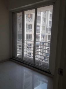 Gallery Cover Image of 1015 Sq.ft 2 BHK Apartment for buy in RDC Woods, Kasarvadavali, Thane West for 8400000