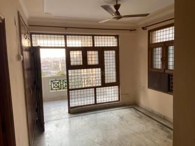 Gallery Cover Image of 1800 Sq.ft 3 BHK Apartment for rent in CGHS The New Shivani, Sector 56 for 27000