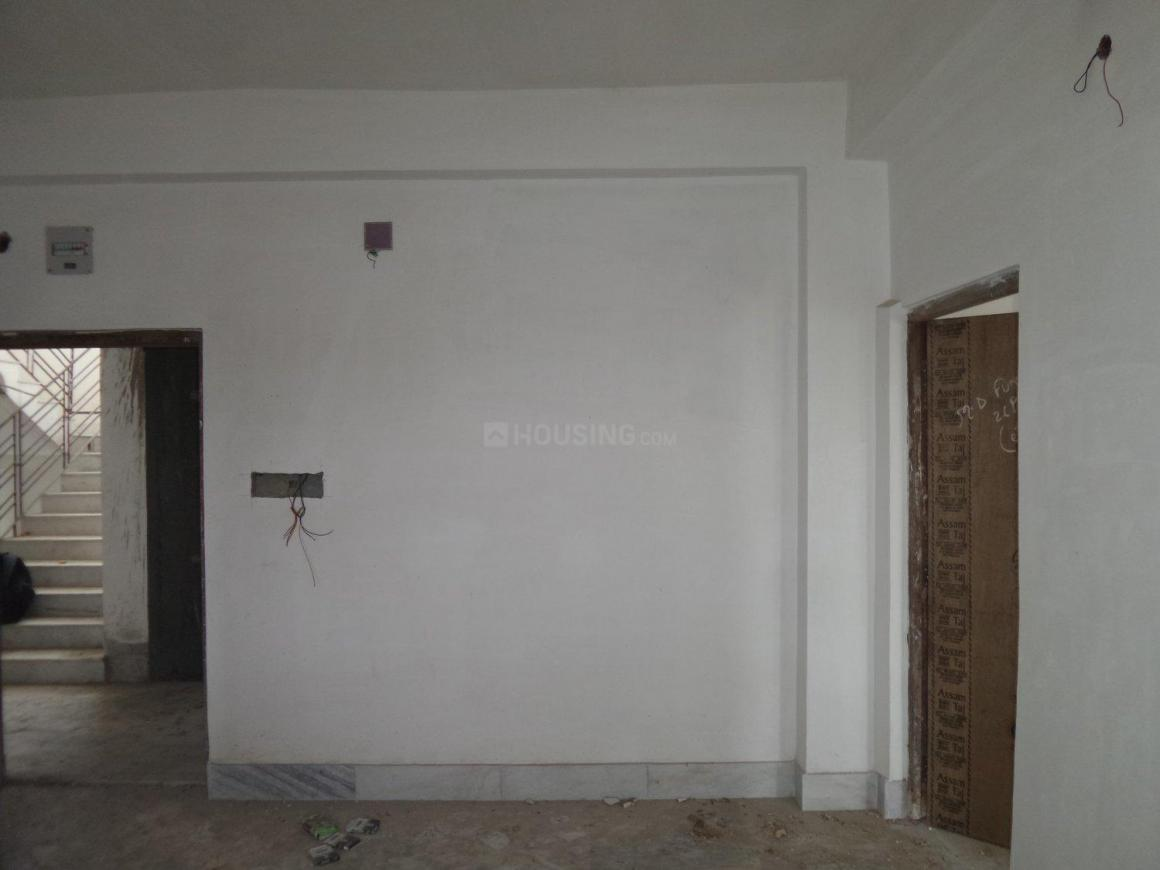 Living Room Image of 650 Sq.ft 2 BHK Apartment for buy in Mourigram for 1495000