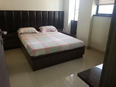 Gallery Cover Image of 350 Sq.ft 1 RK Apartment for rent in Colaba for 51000