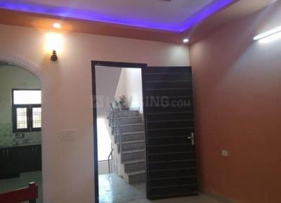 Gallery Cover Image of 1620 Sq.ft 3 BHK Independent Floor for rent in Sector 91 for 10000