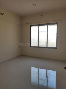 Gallery Cover Image of 570 Sq.ft 1 BHK Apartment for rent in Surya Gokul Heaven, Kandivali East for 19500