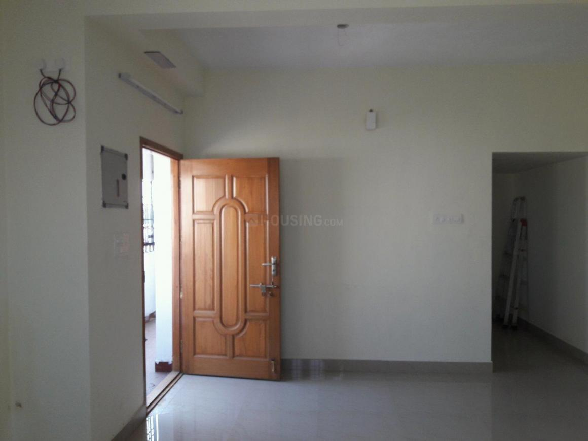 Living Room Image of 900 Sq.ft 2 BHK Apartment for rent in Thoraipakkam for 13000
