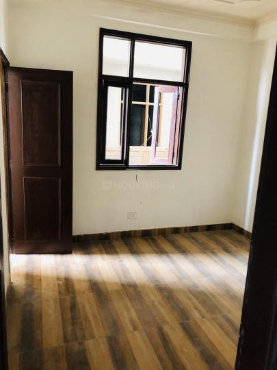 Bedroom Image of 1075 Sq.ft 3 BHK Apartment for buy in Noida Extension for 3400000