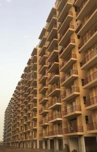 Gallery Cover Image of 420 Sq.ft 1 BHK Apartment for buy in Breez Global Heights, Sector 33, Sohna for 1630000