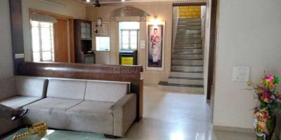 Gallery Cover Image of 3510 Sq.ft 4 BHK Independent House for rent in Bodakdev for 85000