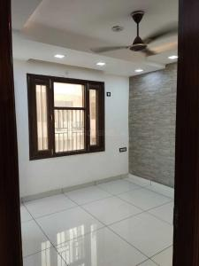 Gallery Cover Image of 650 Sq.ft 2 BHK Independent Floor for buy in Burari for 2500000