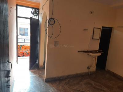 Gallery Cover Image of 311 Sq.ft 1 BHK Independent Floor for rent in Kalkaji for 9500