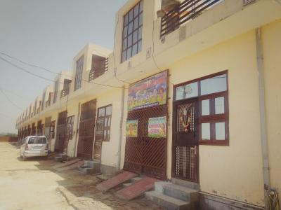 Gallery Cover Image of 900 Sq.ft 2 BHK Independent House for buy in Noida Extension for 3200000