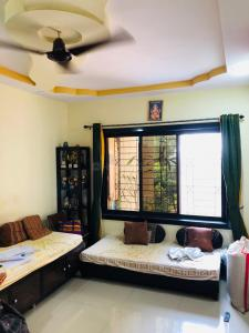 Gallery Cover Image of 960 Sq.ft 2 BHK Apartment for buy in Kalwa for 8250000