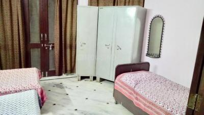 Bedroom Image of Sunder Bhawan PG in Sector 23