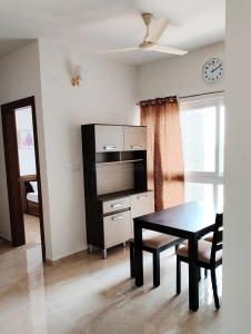 Gallery Cover Image of 685 Sq.ft 1 BHK Apartment for rent in Assetz 63 Degree East (Tower B), Chikkakannalli for 25000