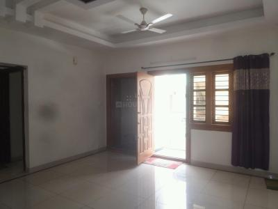 Gallery Cover Image of 1350 Sq.ft 3 BHK Independent Floor for rent in Rajajinagar for 26000