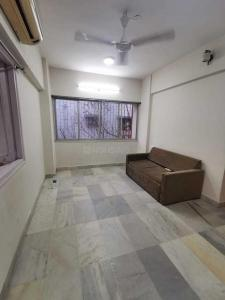 Gallery Cover Image of 550 Sq.ft 1 BHK Apartment for rent in Khar West for 49000