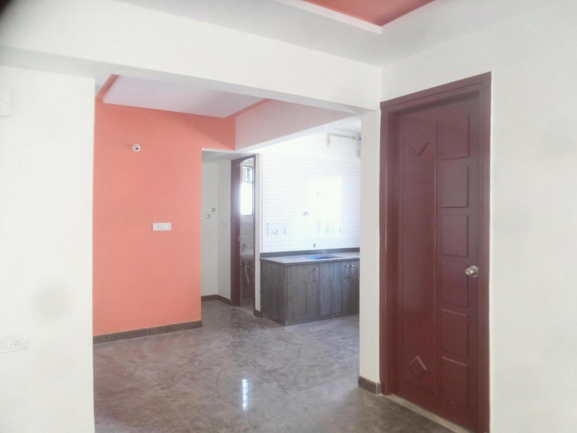 Living Room Image of 700 Sq.ft 2 BHK Apartment for rent in KPC Layout for 18000