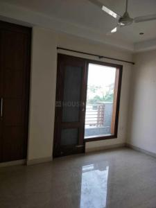 Gallery Cover Image of 2800 Sq.ft 4 BHK Independent Floor for rent in Chittaranjan Park for 130000