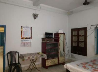 Gallery Cover Image of 700 Sq.ft 2 BHK Independent Floor for rent in Behala for 10000