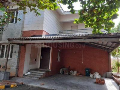 Gallery Cover Image of 2400 Sq.ft 3 BHK Independent House for rent in Isha Signature Villas, Medavakkam for 50000