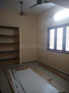 Gallery Cover Image of 1200 Sq.ft 1 BHK Apartment for rent in Thoraipakkam for 10000