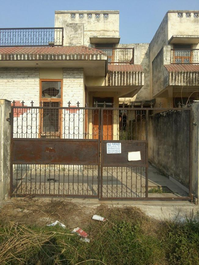 Main Entrance Image of 1850 Sq.ft 2 BHK Independent House for buy in Omicron 1A Greater Noida for 6800000
