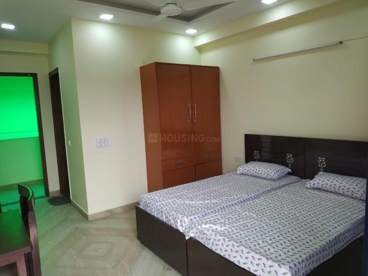 सेक्टर 40 में श्री लक्ष्मी अकॉमोडेशन के बेडरूम की तस्वीर