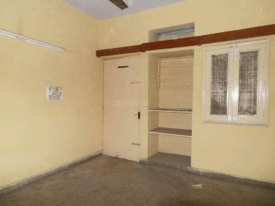 Gallery Cover Image of 1250 Sq.ft 3 BHK Apartment for buy in Trilok Apartment, Preet Vihar for 13500000