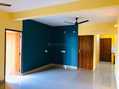 Gallery Cover Image of 1120 Sq.ft 2 BHK Apartment for rent in Mannivakkam for 10000