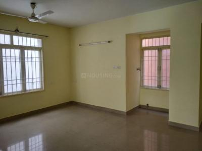 Gallery Cover Image of 1092 Sq.ft 2 BHK Apartment for buy in Porur for 7200000