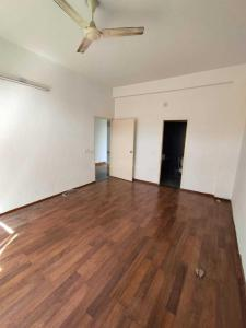 Gallery Cover Image of 2500 Sq.ft 3 BHK Apartment for rent in Sandesh Shompole, Thaltej for 40000
