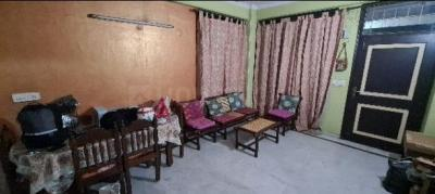 Gallery Cover Image of 1575 Sq.ft 3 BHK Apartment for rent in Vaibhav Khand for 19000