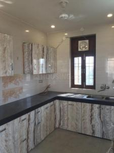 Gallery Cover Image of 1750 Sq.ft 3 BHK Apartment for rent in Garden Estate, Sector 22 Dwarka for 28000