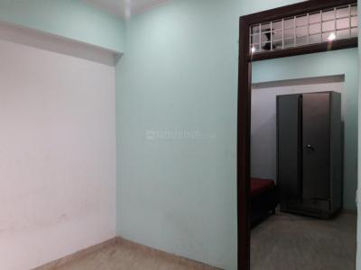 Gallery Cover Image of 450 Sq.ft 1 BHK Apartment for rent in Madanpur Khadar for 11000