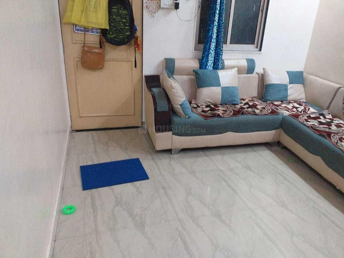 Living Room Image of 700 Sq.ft 1 BHK Independent House for rent in Mulund West for 15500