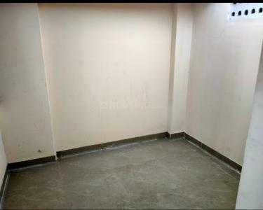 Gallery Cover Image of 350 Sq.ft 1 BHK Apartment for rent in Prabhadevi for 17000
