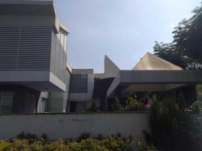 Gallery Cover Image of 2100 Sq.ft 4 BHK Villa for rent in Motera for 25000