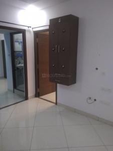 Gallery Cover Image of 800 Sq.ft 2 BHK Apartment for rent in Thoraipakkam for 19000