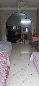 Gallery Cover Image of 2700 Sq.ft 4 BHK Independent House for rent in Thakurpukur for 30000