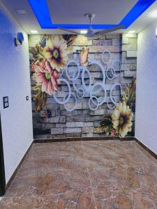 Gallery Cover Image of 600 Sq.ft 2 BHK Independent Floor for buy in Uttam Nagar for 3200000