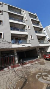 Gallery Cover Image of 1350 Sq.ft 3 BHK Apartment for buy in Sector 30 for 6490000