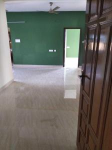 Gallery Cover Image of 1350 Sq.ft 3 BHK Apartment for rent in Thiruvanmiyur for 30000