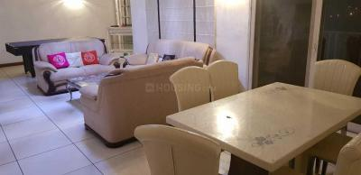 Gallery Cover Image of 1330 Sq.ft 1 BHK Apartment for rent in Jaypee Crescent Court, Jaypee Greens for 18000