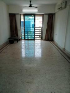 Gallery Cover Image of 1350 Sq.ft 3 BHK Apartment for rent in Khar West for 100000