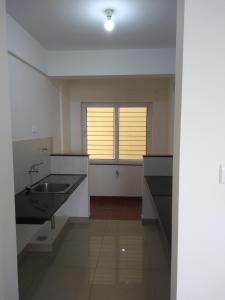 Gallery Cover Image of 605 Sq.ft 1 BHK Apartment for rent in Provident The Tree, Gollarapalya Hosahalli for 10000