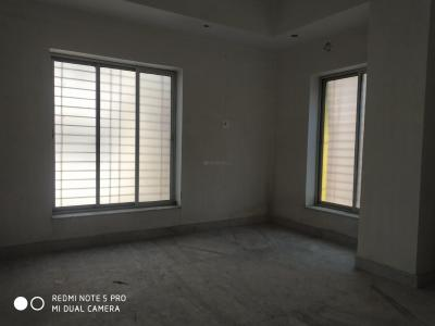 Gallery Cover Image of 700 Sq.ft 2 BHK Independent Floor for buy in Lake Gardens for 5500000